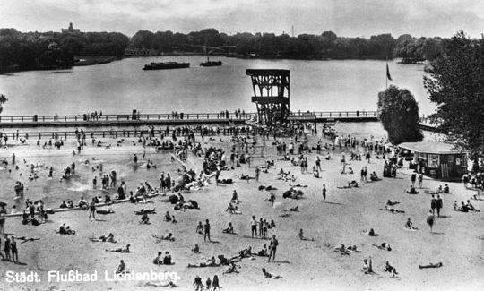 Flussbadeanstalt Berlin